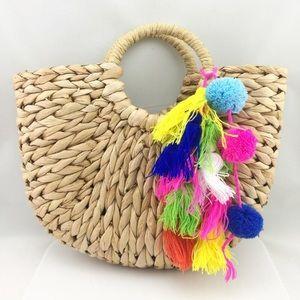 🌼SALE🌼 Handmade Straw Pom Pom & Tassel Tote Bag